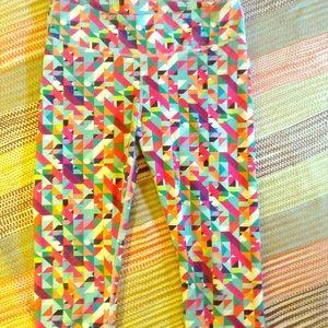 Fabletics Sz M cool patterned Capris